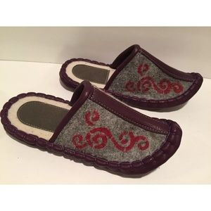 Mongolian hand made wool faux leather slippers